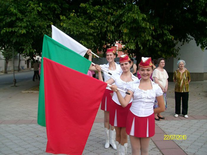 2010-majoretki-04