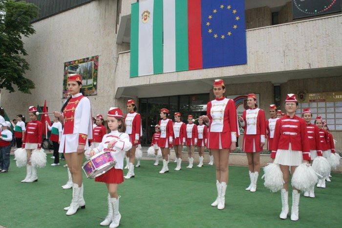 2010-majoretki-05