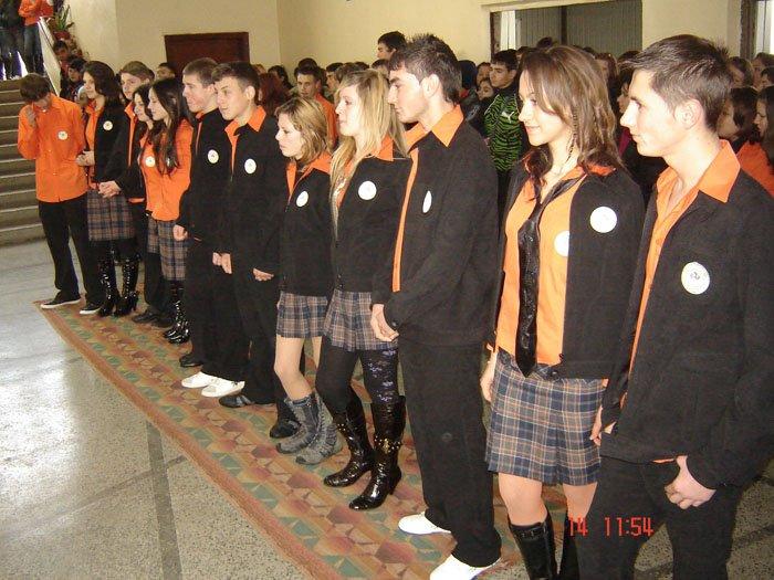 uchilishtni-uniformi-11
